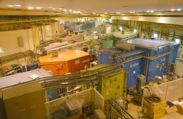 高エネルギー加速器研究機構(KEK) フォトンファクトリー