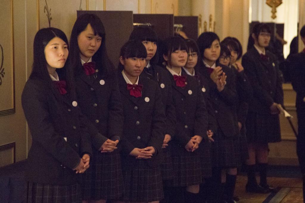 大成女子校プレゼンテーション3(見守る同級生)