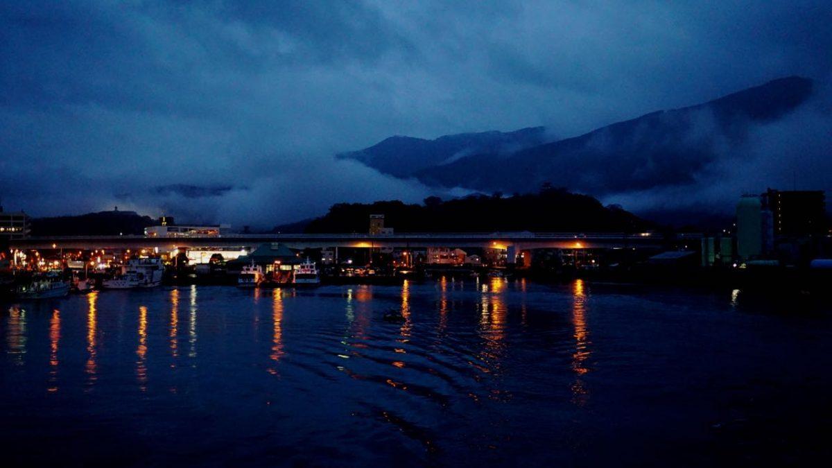 宇和島港を後にします