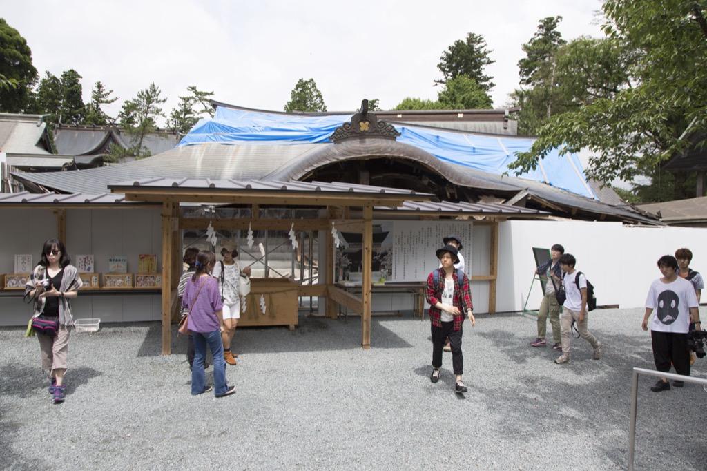 阿蘇神社倒壊