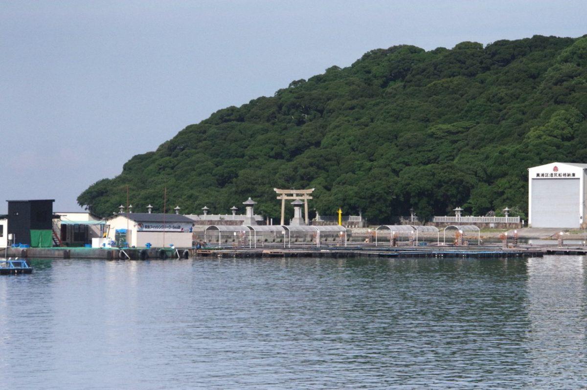 家島神社遠景
