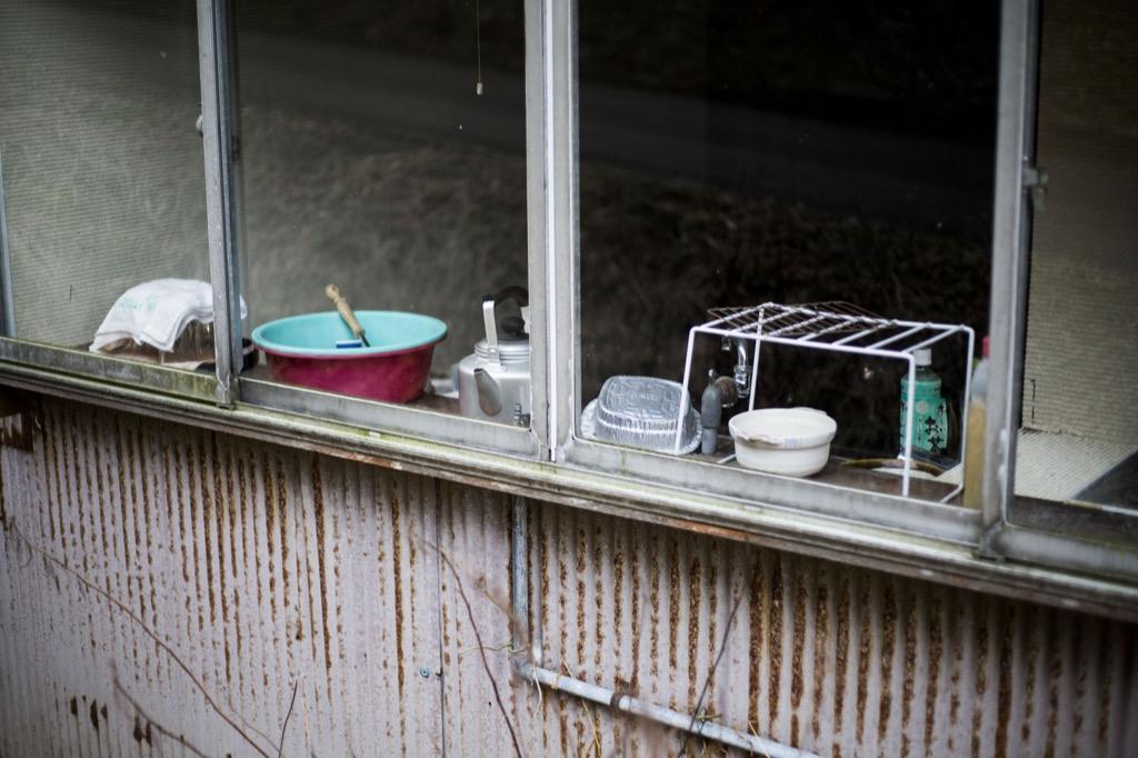 生活用具が残ったままのお家もあります