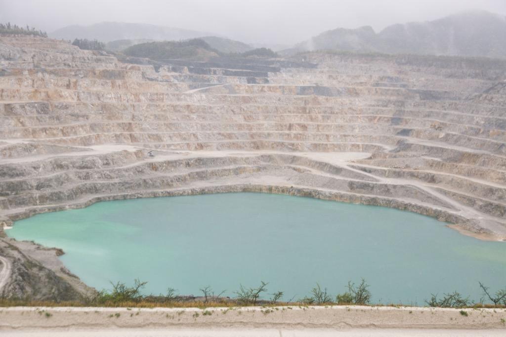 鉱山のスケール
