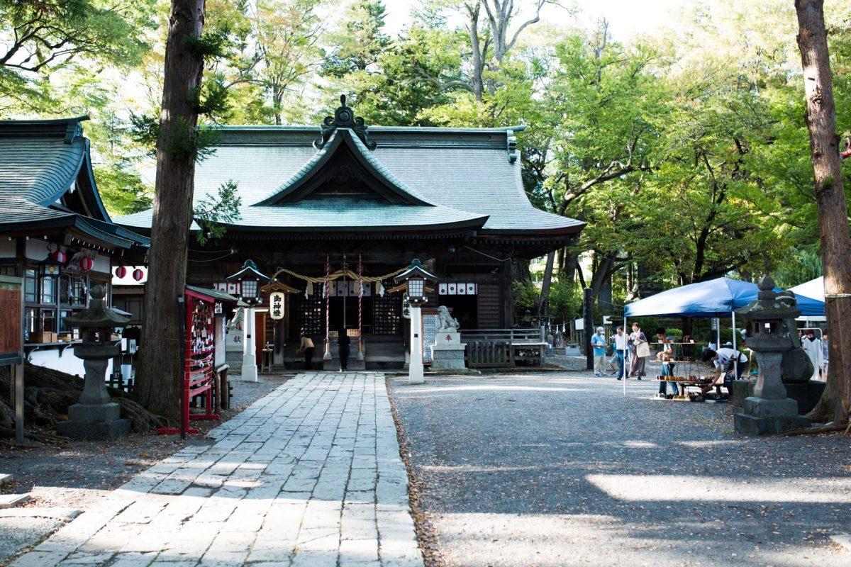 ハタフェス_小室浅間神社の参道