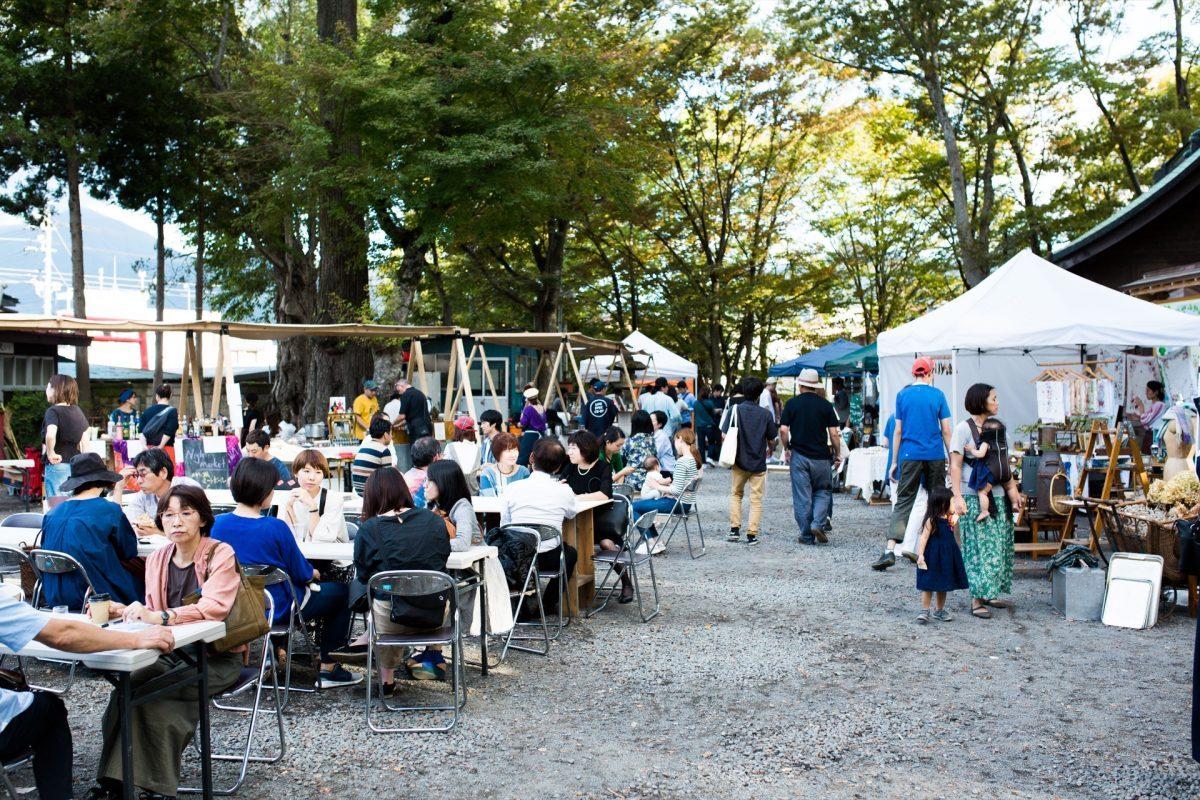 ハタフェス_小室浅間神社のお祭りの様子