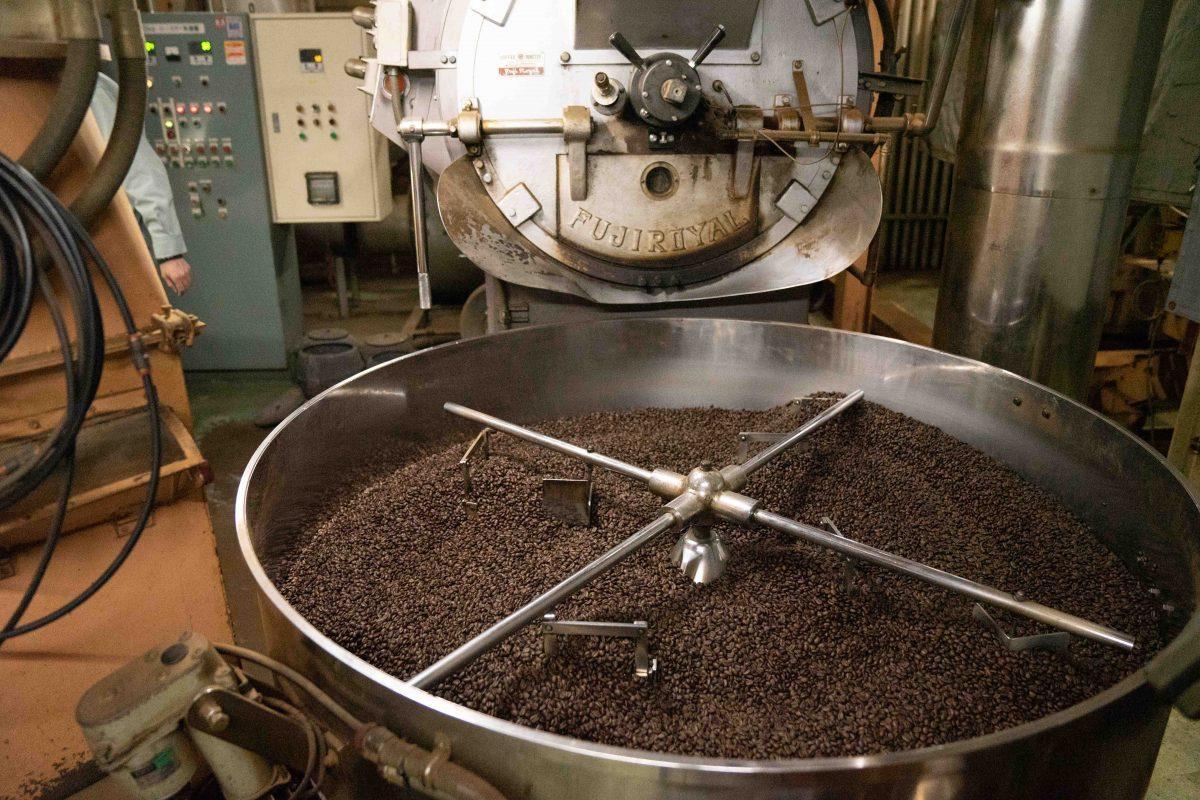 コーヒー豆の排出